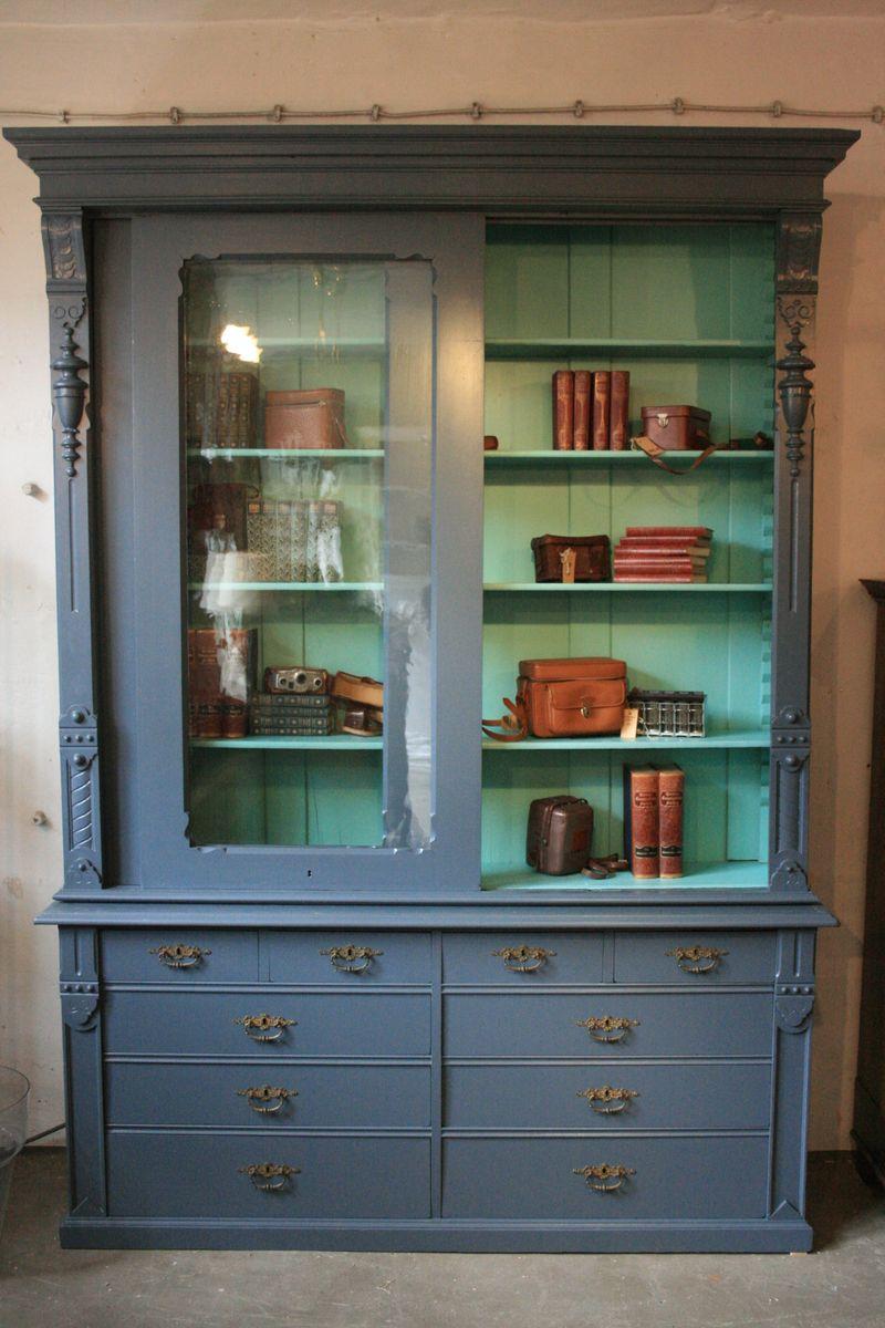 gro e antike vitrine mit schiebet ren bei pamono kaufen. Black Bedroom Furniture Sets. Home Design Ideas