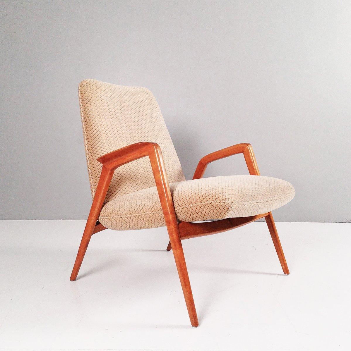 Massiver Nussholz Sessel, 1950er