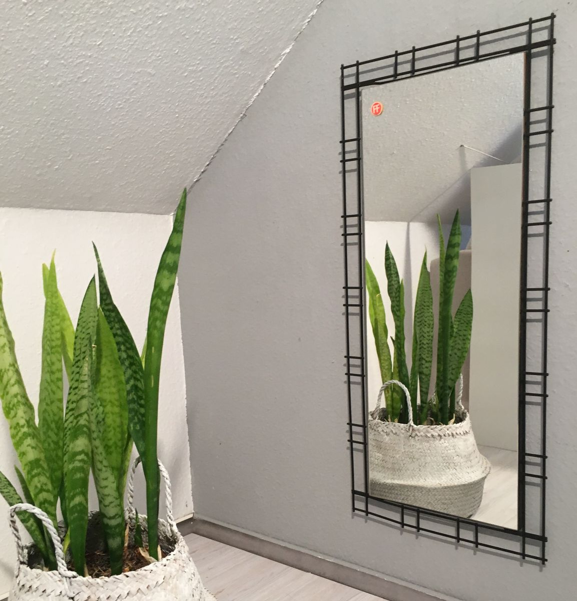 spiegel mit schwarzem metallrahmen von ff 1970er bei pamono kaufen. Black Bedroom Furniture Sets. Home Design Ideas