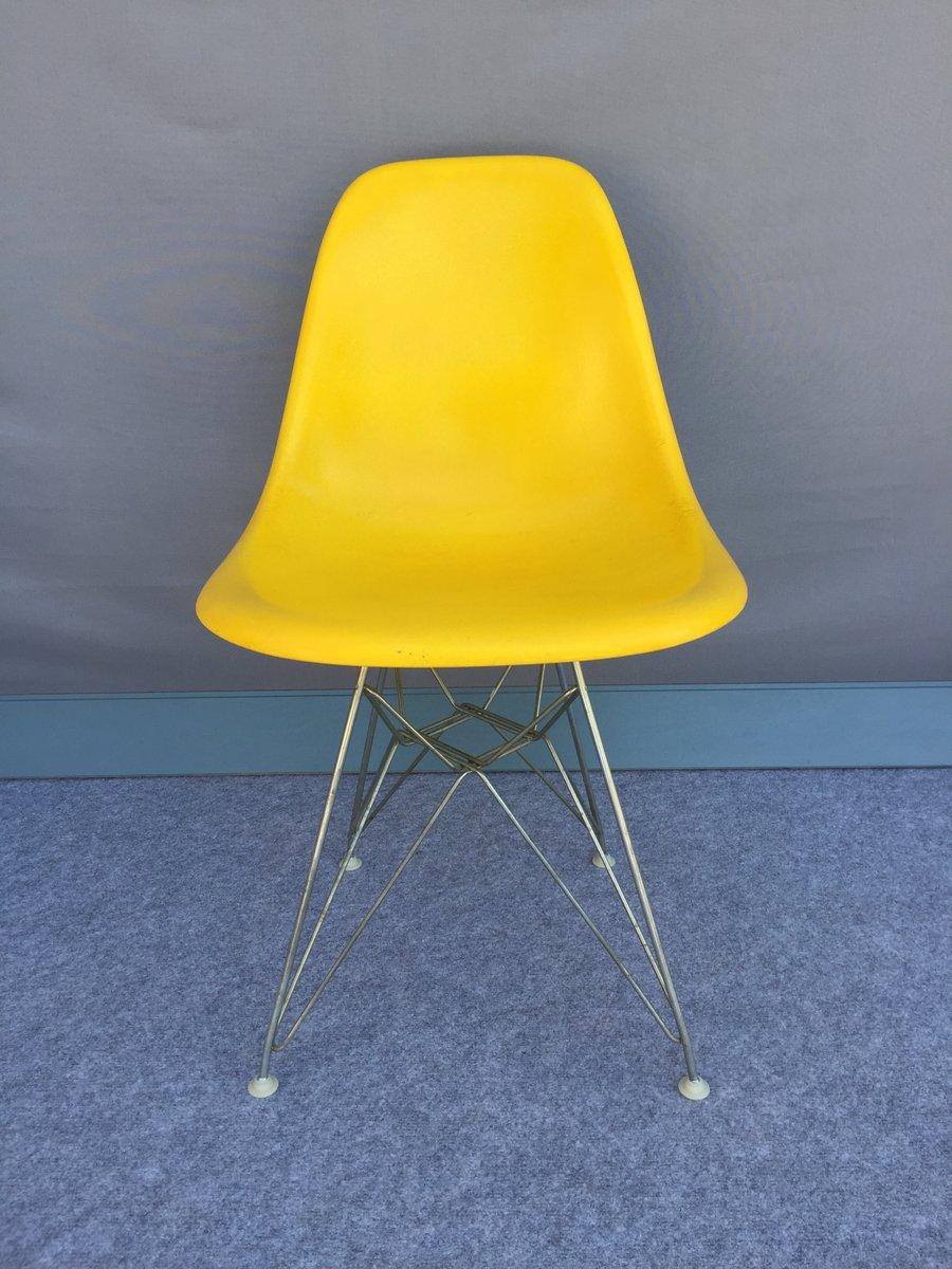 Chaises Vintage En Fibre De Verre Jaune Par Charles Ray Eames Pour Herman Miller Set 4