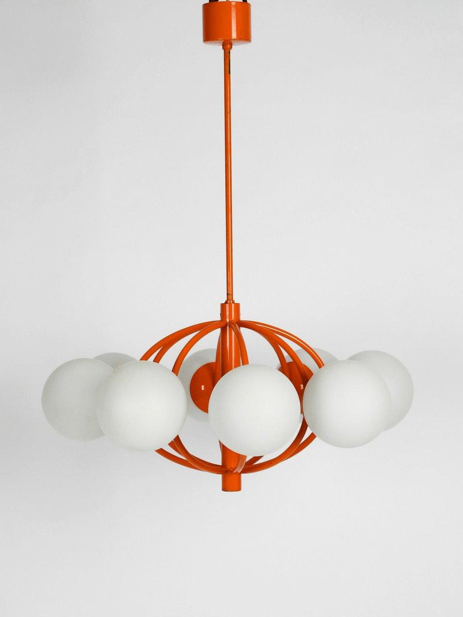 Orangefarbene Space Age Lampe mit 8 Opalglas Schirmen von Kaiser Idell...