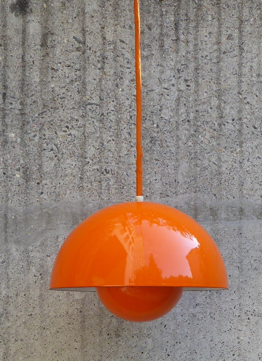 orange flowerpot lampe von verner panton f r louis poulsen. Black Bedroom Furniture Sets. Home Design Ideas
