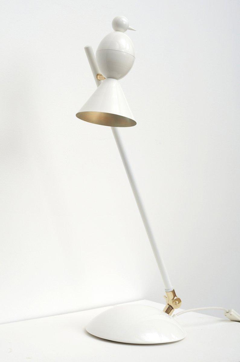 Geneigte Alouette Schreibtischlampe von Atelier Areti
