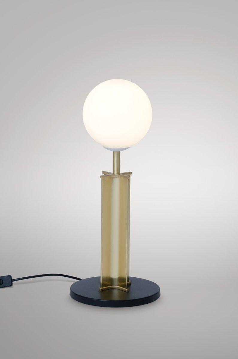 Column Globe Schreibtischlampe von Atelier Areti