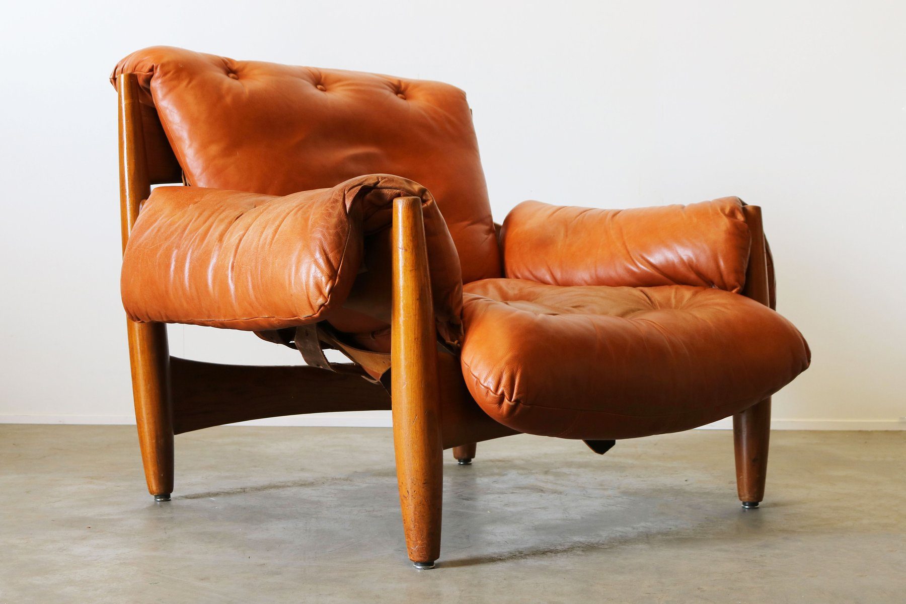 Original Sheriff Lounge Chair in Cognac Leather by Sergio Rodrigues for ISA Bergamo 1962 & Original Sheriff Lounge Chair in Cognac Leather by Sergio Rodrigues ...