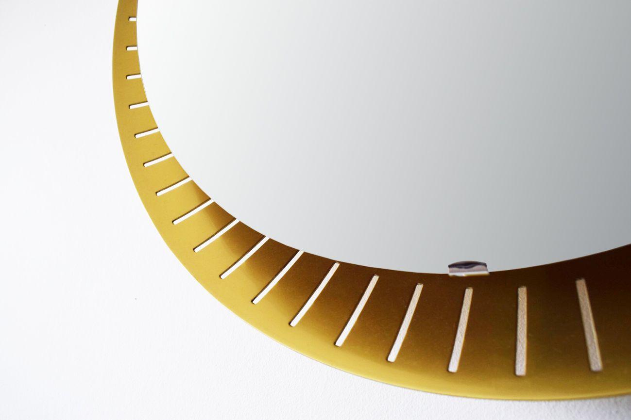 Specchio da parete rotondo con luce di stilnovo anni 39 60 for Specchio da tavolo con luce ikea