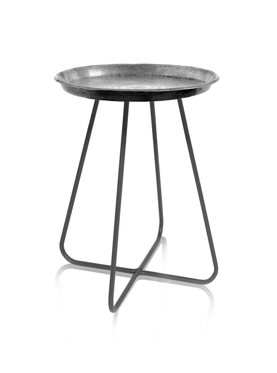Mittelgroßer New Casablanca Tisch in Silber von Young & Battaglia für ...