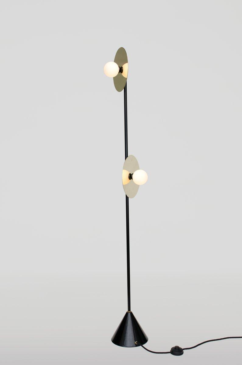 Scheibe und Kugel Stehlampe von Atelier Areti