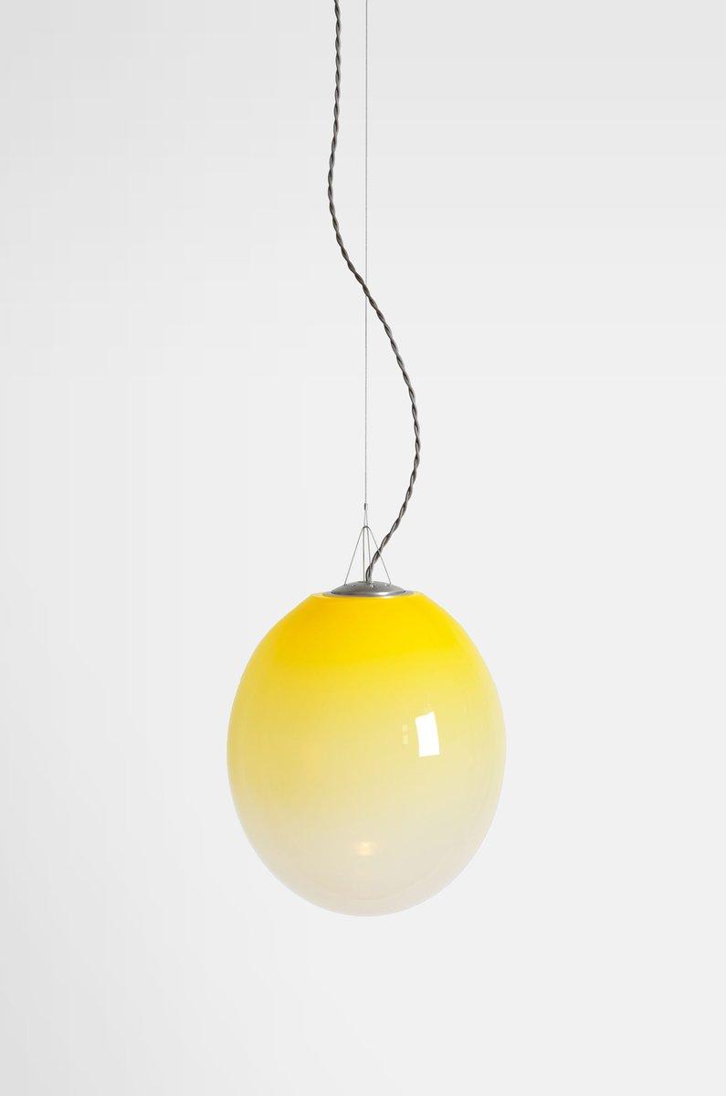 Große gelbe Gradation Hängelampe von Atelier Areti