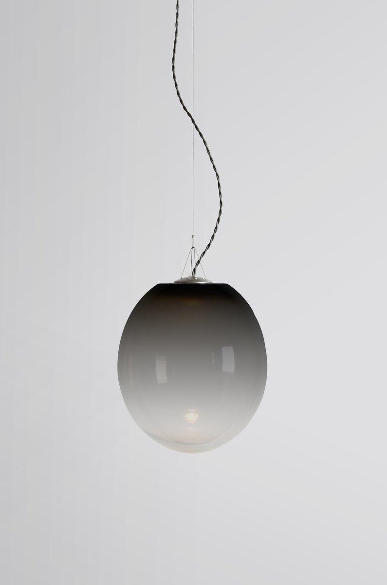 Große schwarze Gradation Hängelampe von Atelier Areti