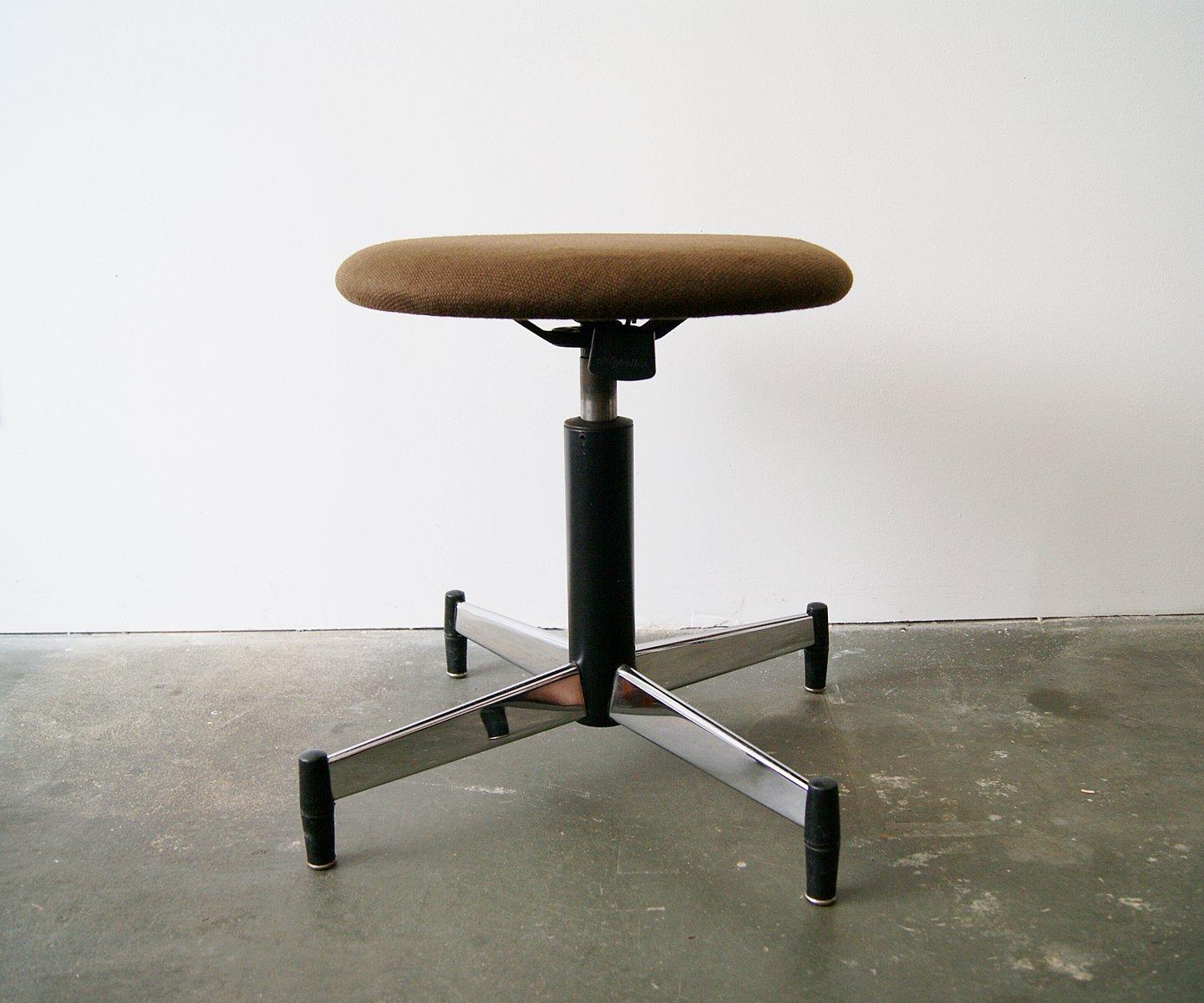 Sgabello con altezza regolabile di martin stoll per giroflex
