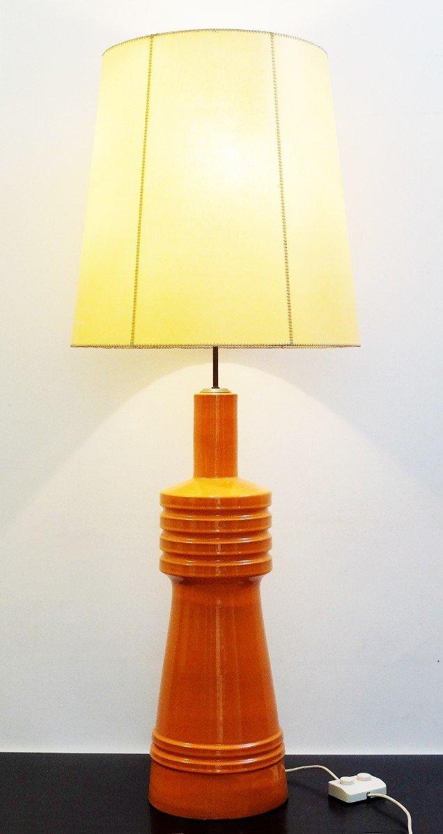 Große Keramik Tischlampe in Orange