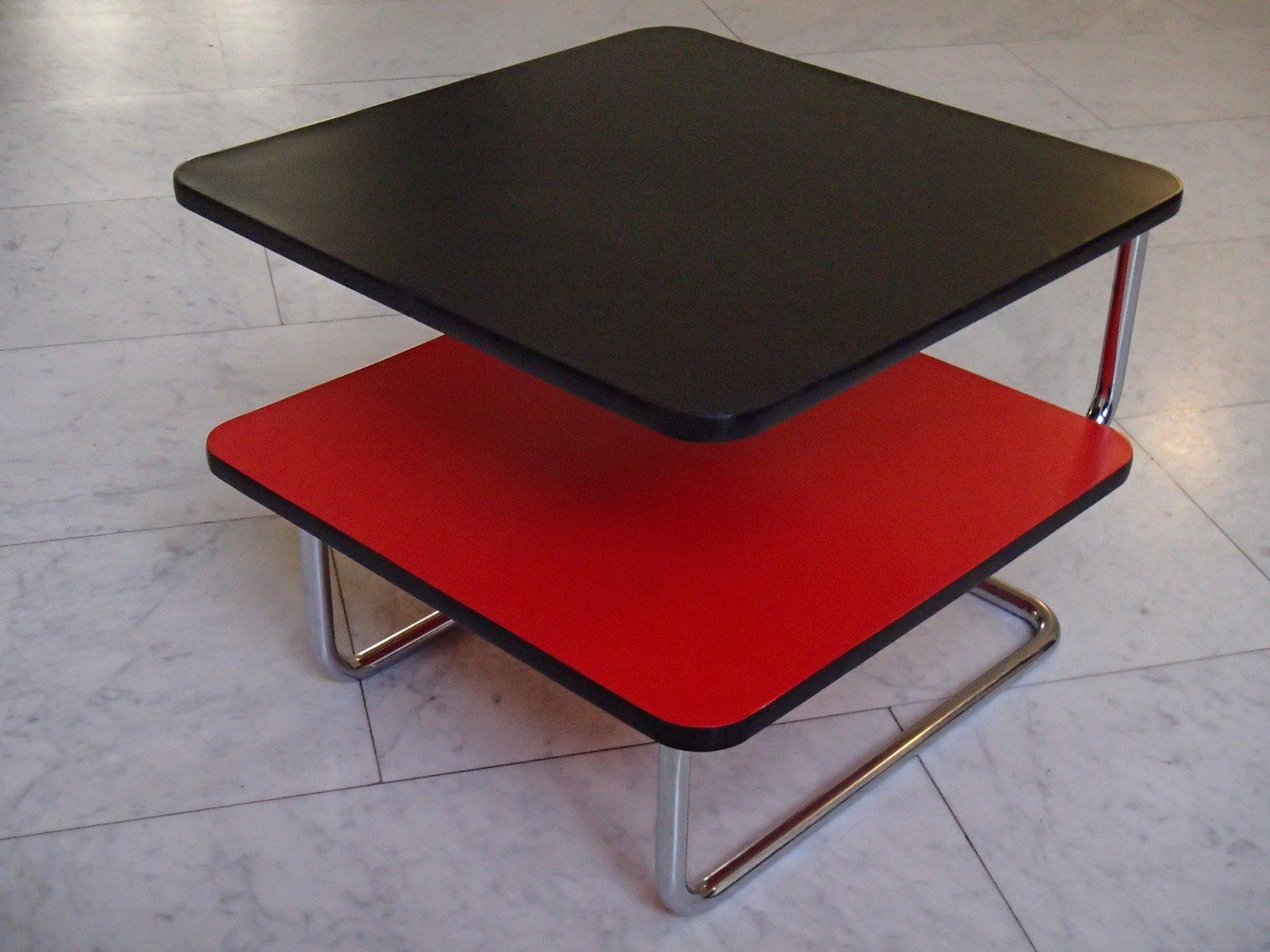 Bauhaus Modell K17 Couchtisch in Schwarz & Rot