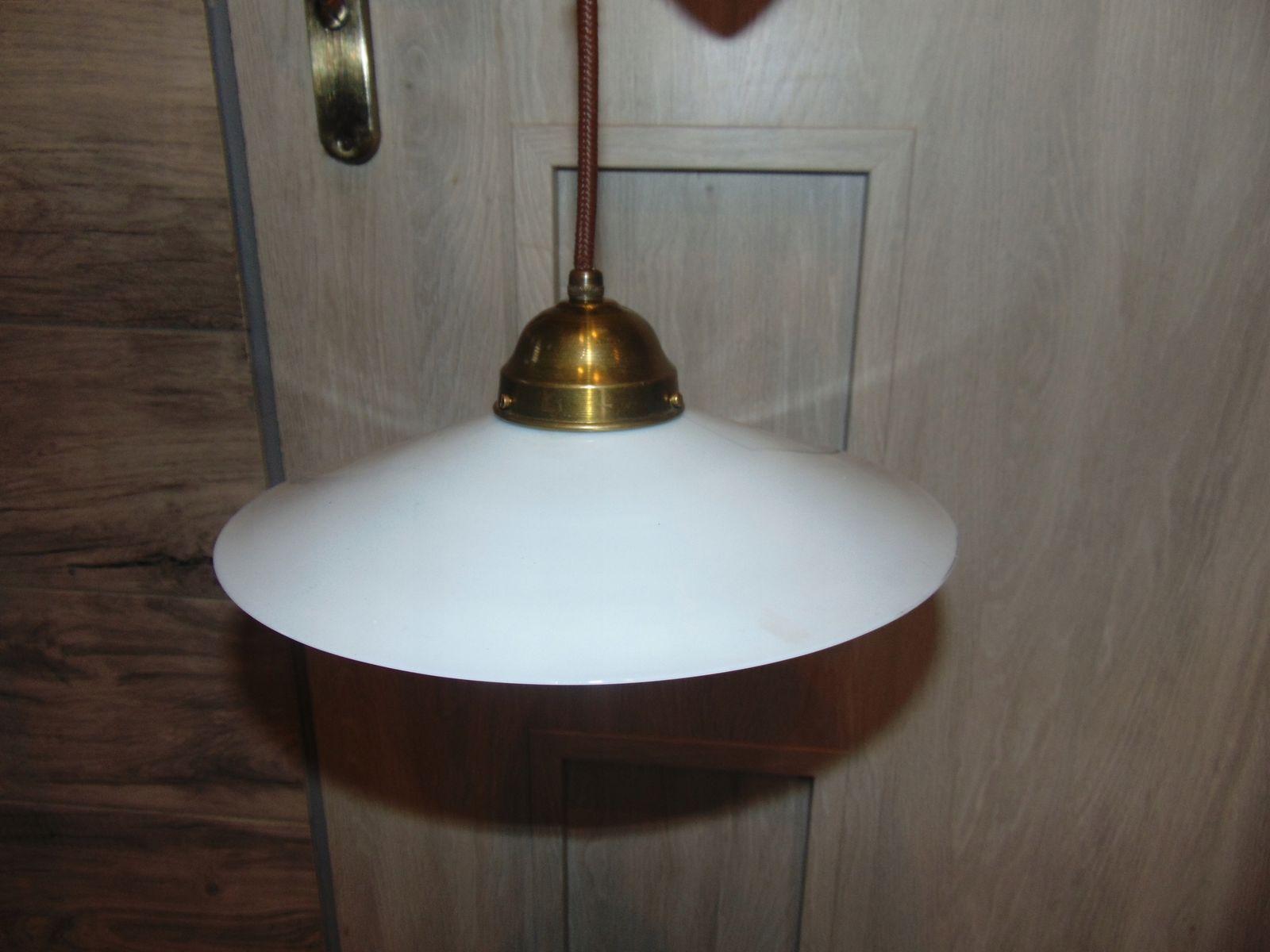 Lampada da cucina antica in porcellana in vendita su Pamono