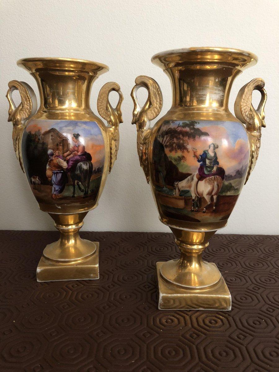Vasi antichi imperiali in porcellana set di 2 in vendita for Vasi antichi