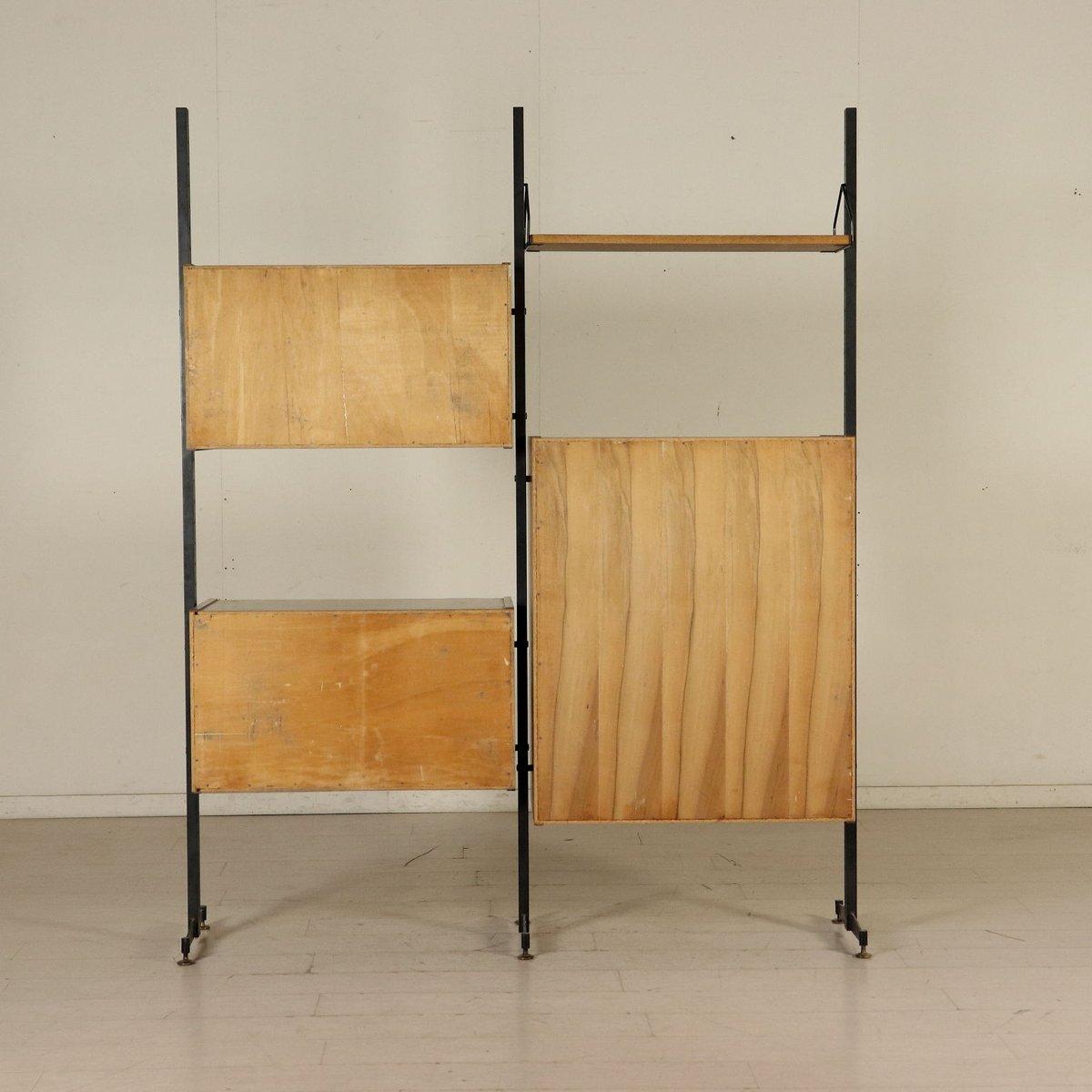 wandregal aus mahagoni furnier und metall 1960er bei pamono kaufen. Black Bedroom Furniture Sets. Home Design Ideas