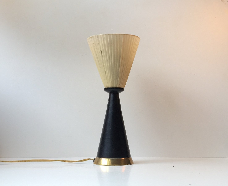 Italienische Diablo Tischlampe mit Messing Details, 1960er