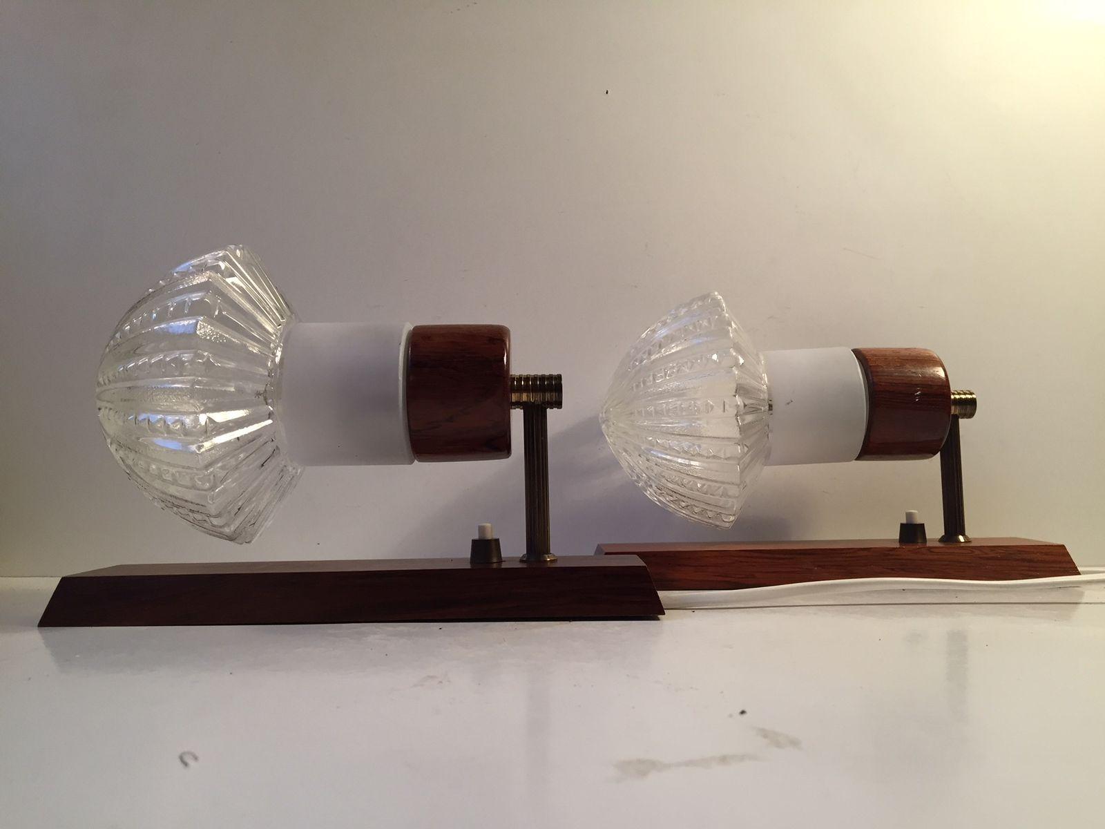 Dänische Palisander, Messing & Glas Wandlampen von J. Sommer, 1960er, ...