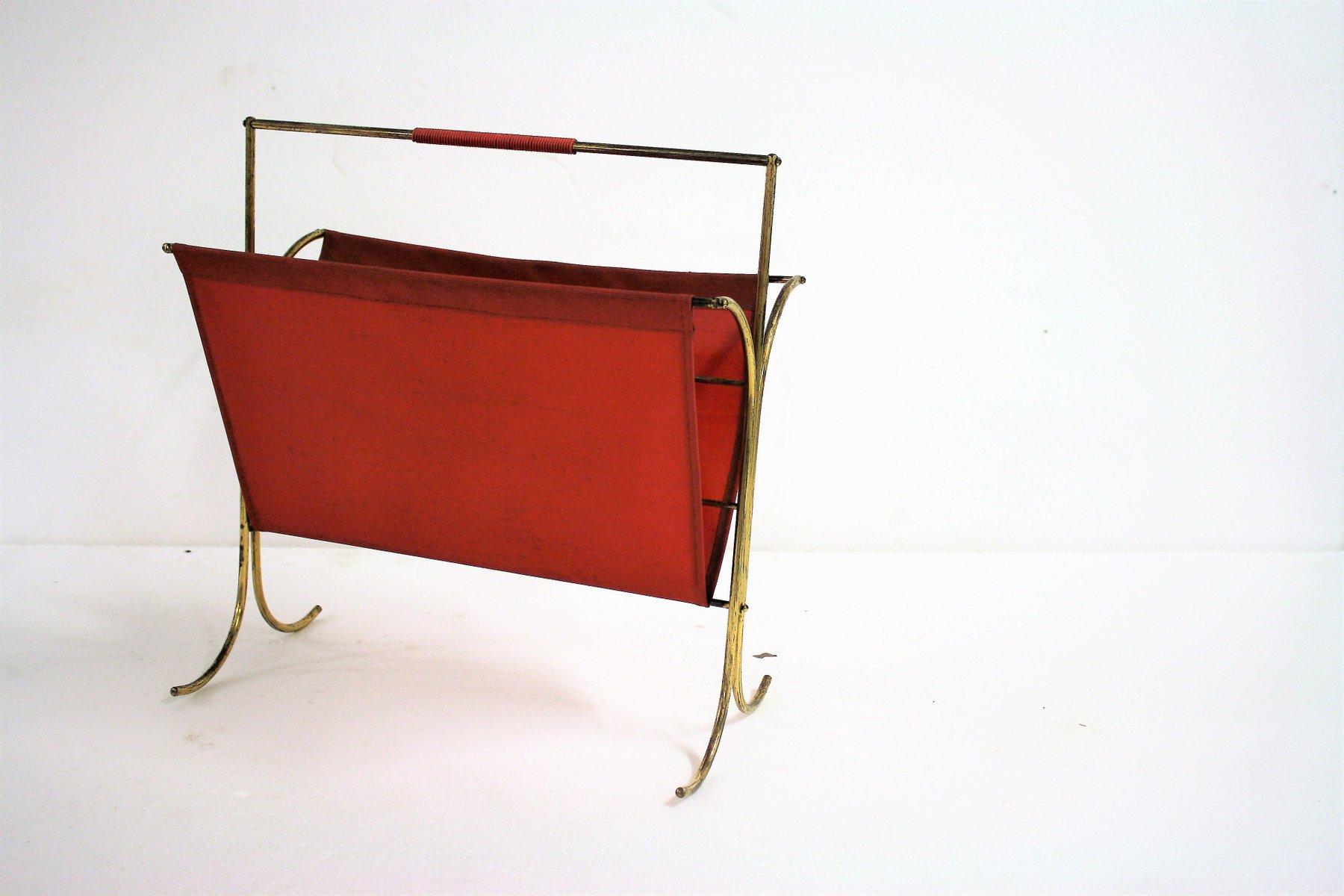 porte magazine vintage en laiton et vinyle rouge 1960s en vente sur pamono. Black Bedroom Furniture Sets. Home Design Ideas