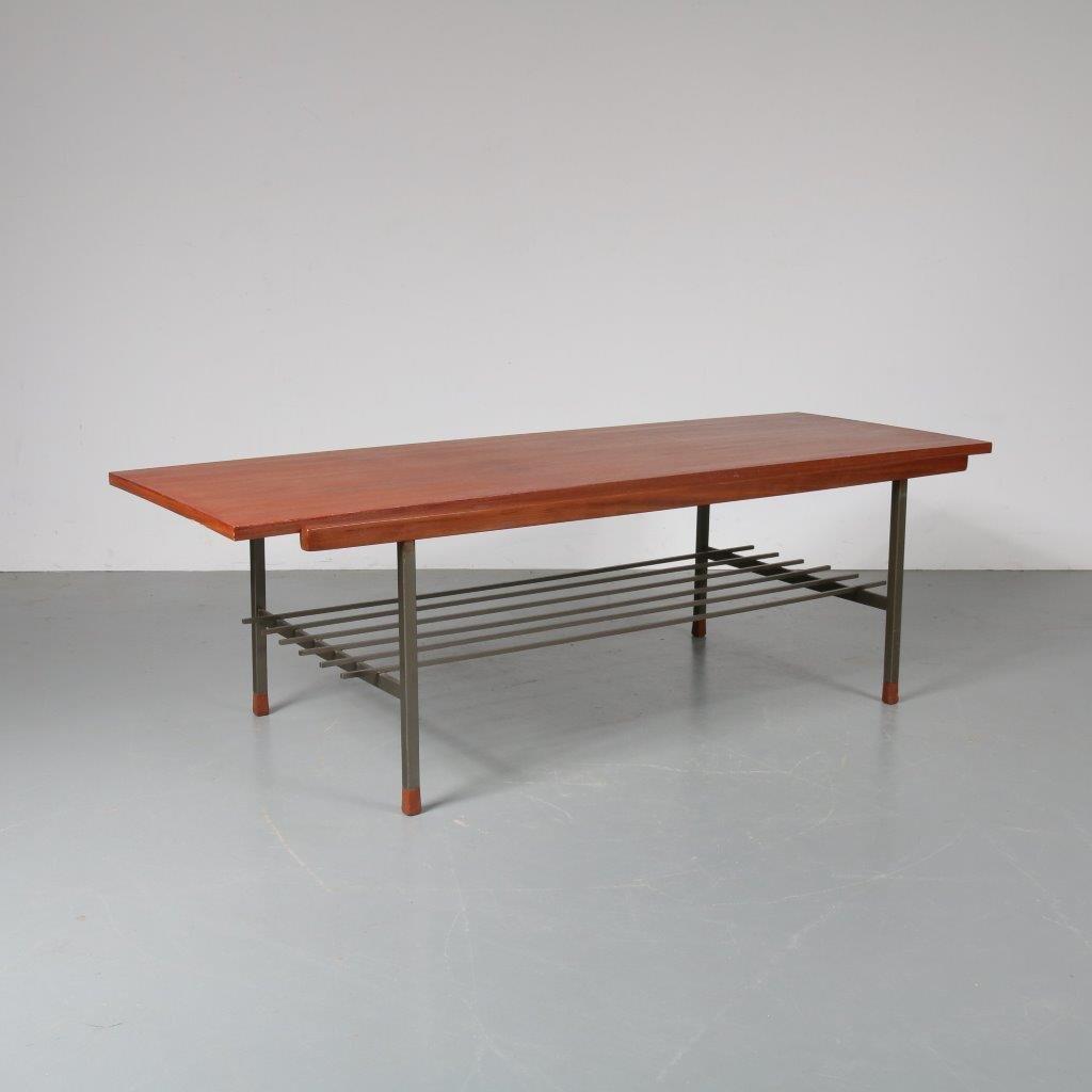 Couchtisch mit reversibler Tischplatte von De Ster Gelderland, 1950er