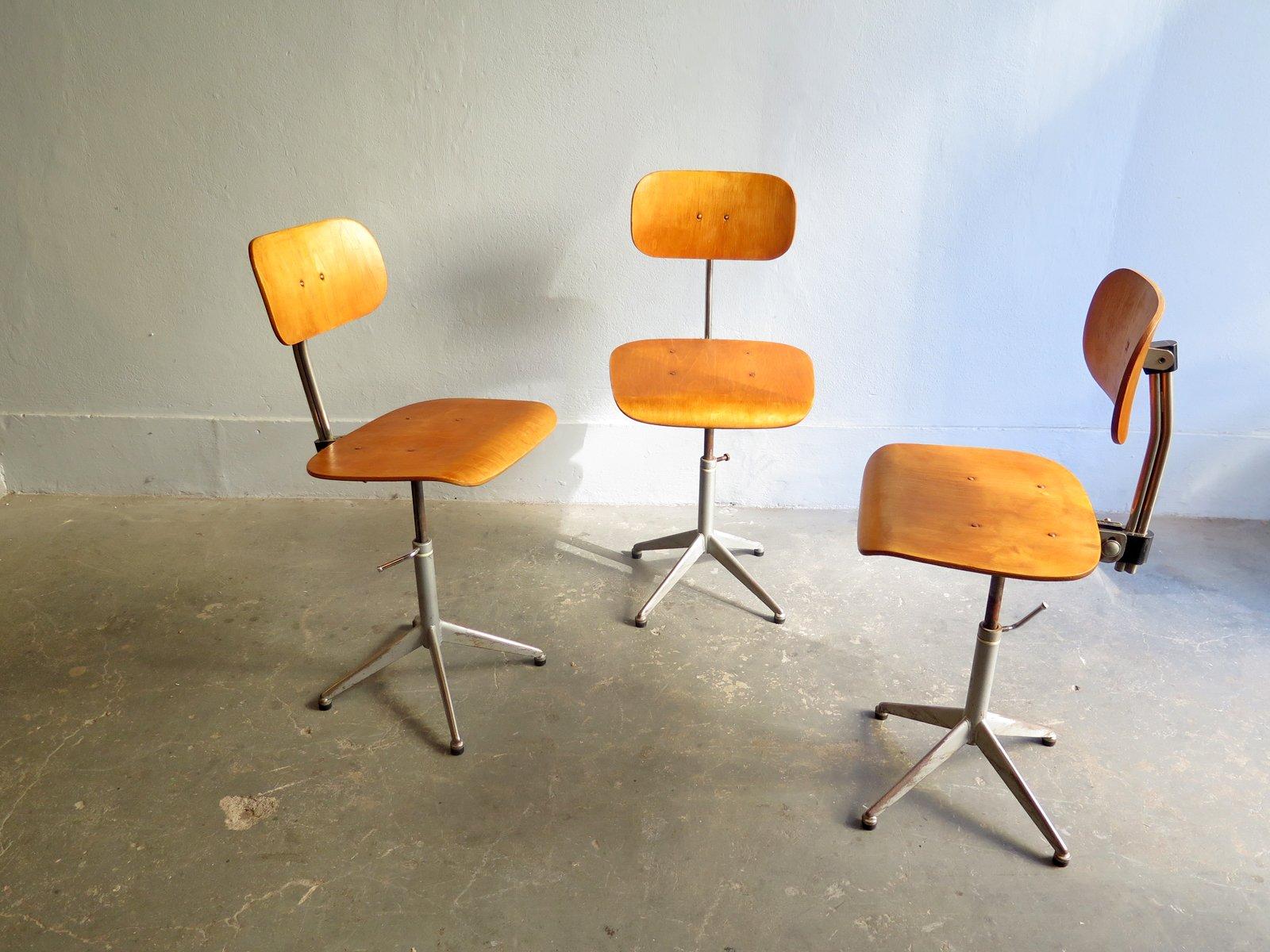 Chaise Vintage Industrielle En Chne Plaqu Avec Pied Mtal