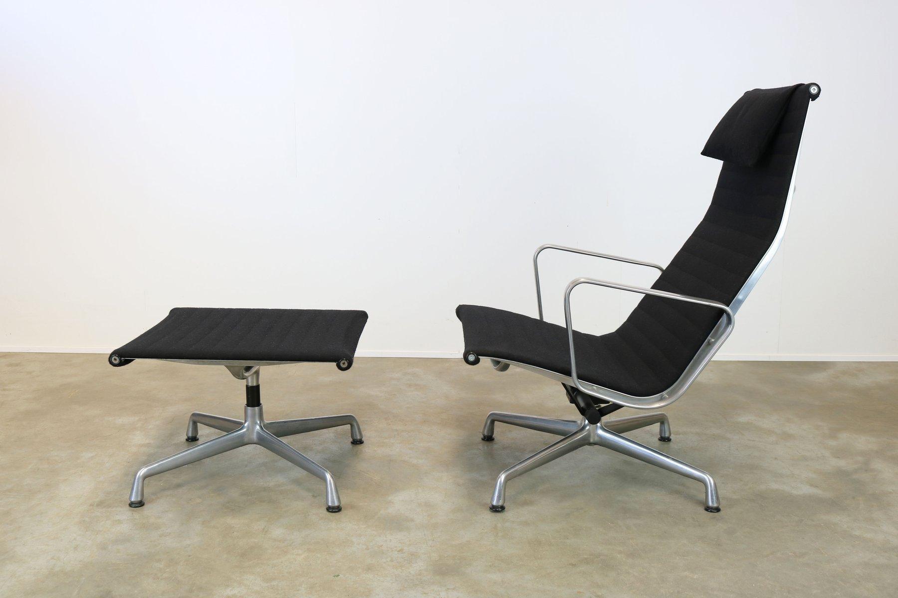 EA124 + EA125 Sessel & Fußhocker von Charles & Ray Eames für Herman Mi...
