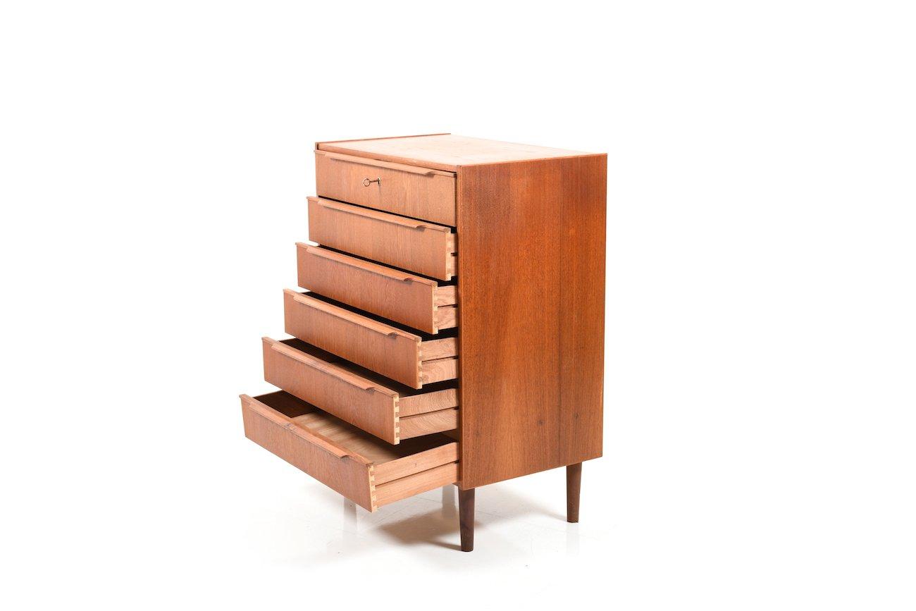 d nische mid century kommode aus teak bei pamono kaufen. Black Bedroom Furniture Sets. Home Design Ideas