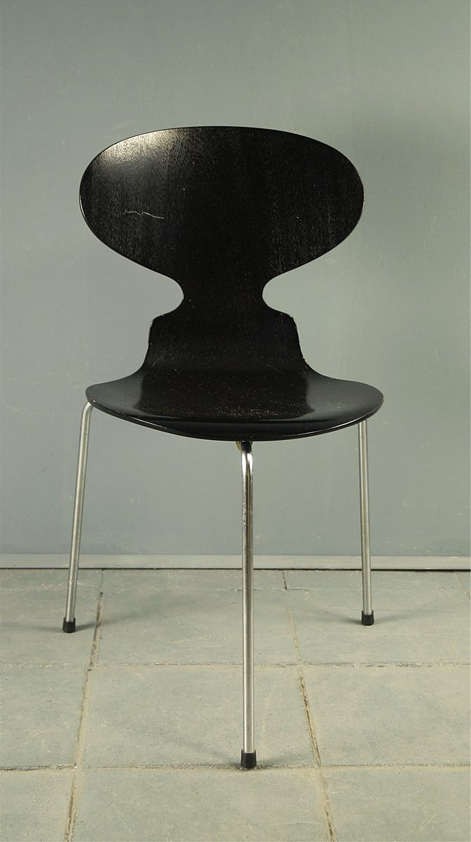 Vintage Three Legged 3100 Ant Chair By Arne Jacobsen For Fritz