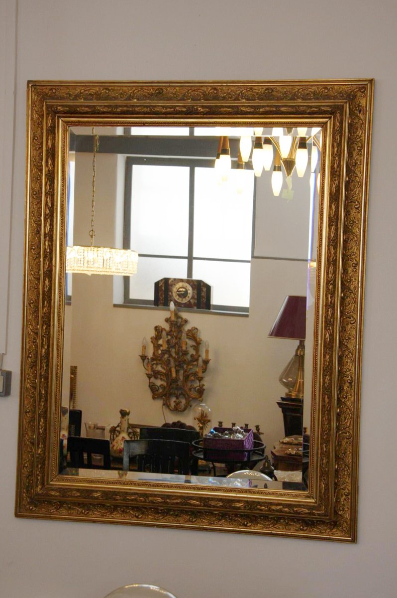 gro er facettierter spiegel mit goldenem rahmen 19 jh bei pamono kaufen. Black Bedroom Furniture Sets. Home Design Ideas
