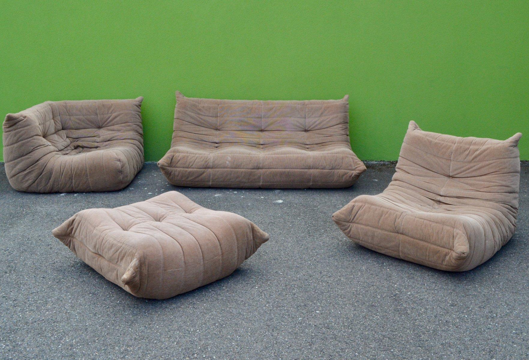 togo sofa set von michel ducaroy f r ligne roset 1970 4er set bei pamono kaufen. Black Bedroom Furniture Sets. Home Design Ideas