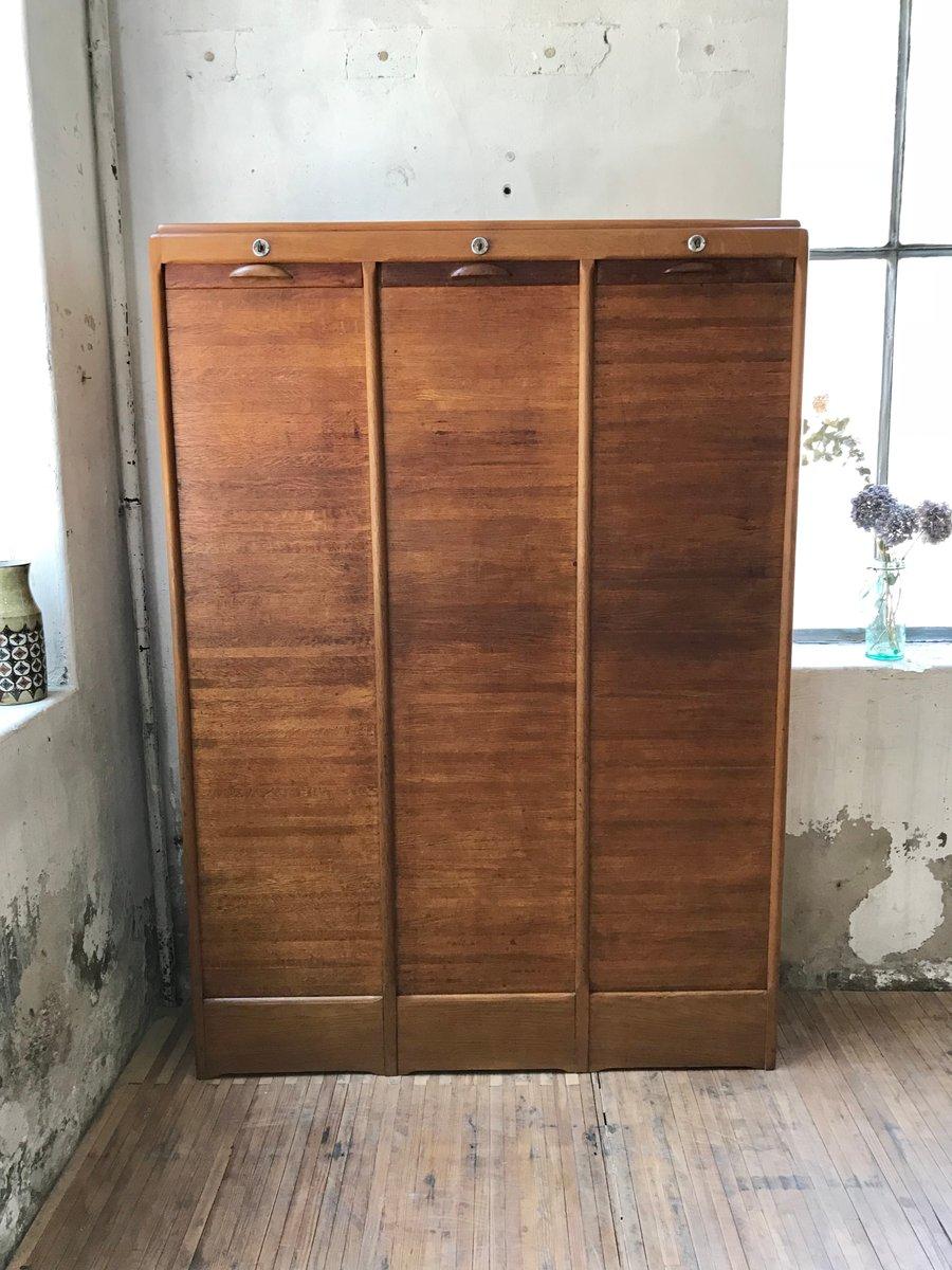 aktenschrank aus holz mit rollt r 1950er bei pamono kaufen. Black Bedroom Furniture Sets. Home Design Ideas