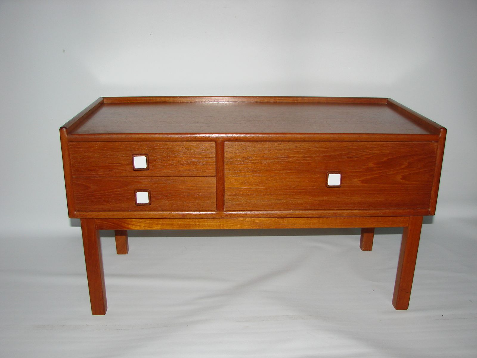 Danish Teak Side Table S For Sale At Pamono - Teak side table with drawer