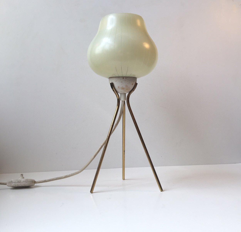 Verzauberkunst Moderne Tischlampen Beste Wahl Tischlampe Mit Dreibein Aus Messing & Gestreiftem