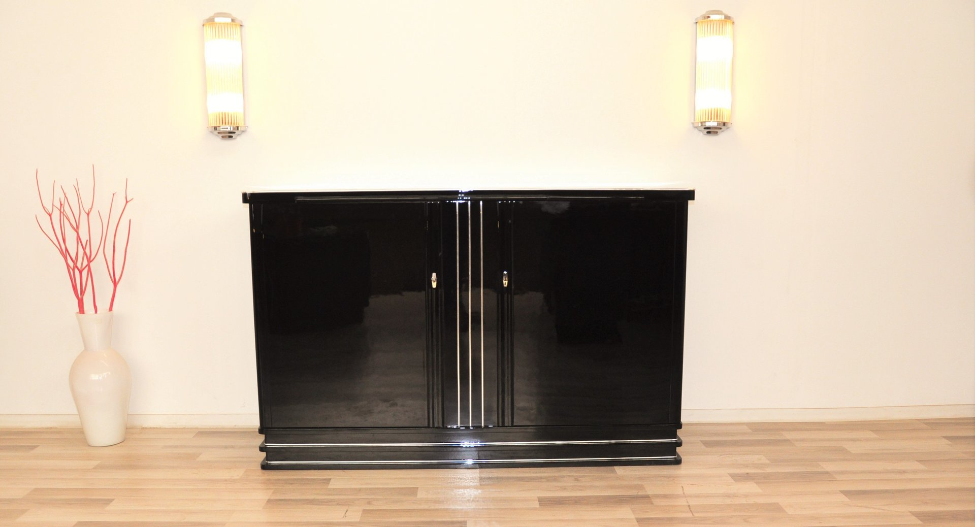 Art Deco Highboard in schwarzem Glanzlack, 1930er