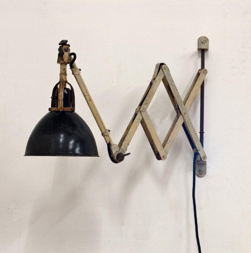 Scherenwandlampe von Curt Fischer für Midgard, 1920er