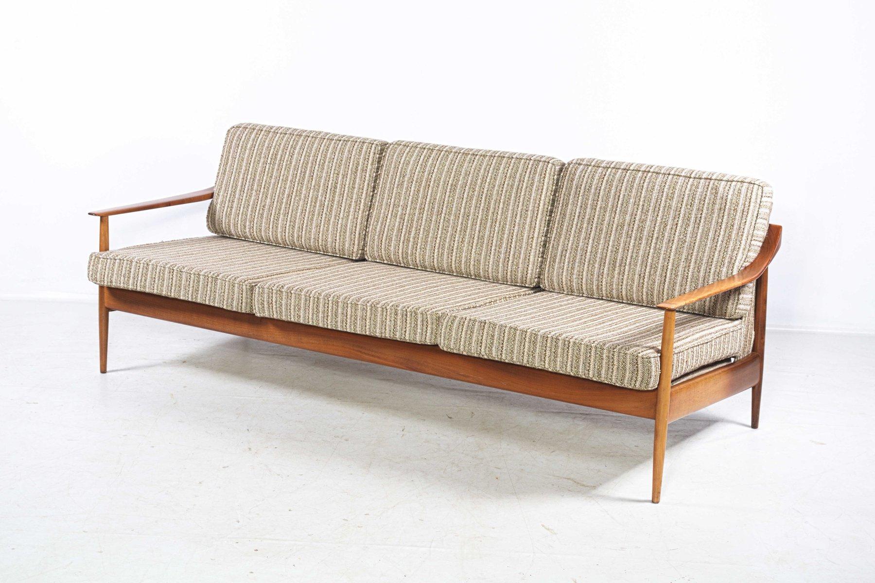 Drei-Sitzer Sofa von Walter Knoll, 1960er