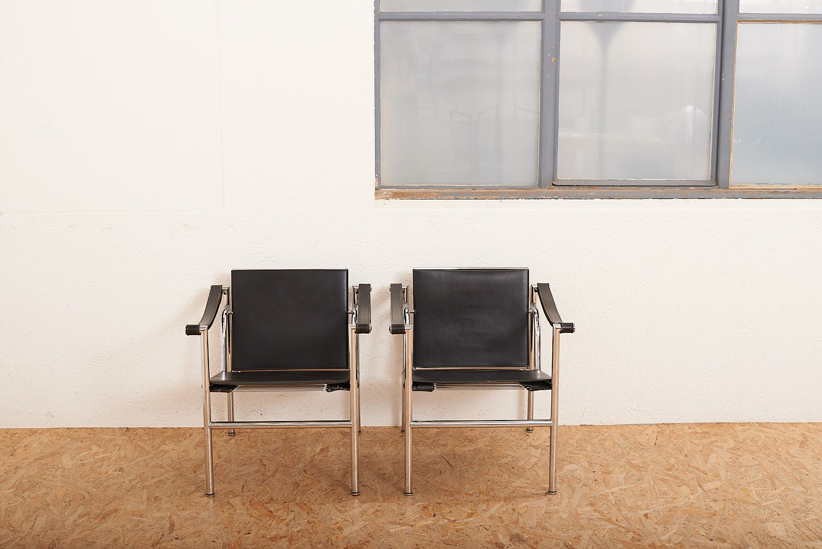 Vintage LC1 Armlehnstühle von Le Corbusier & Charlotte Perriand für Ca...