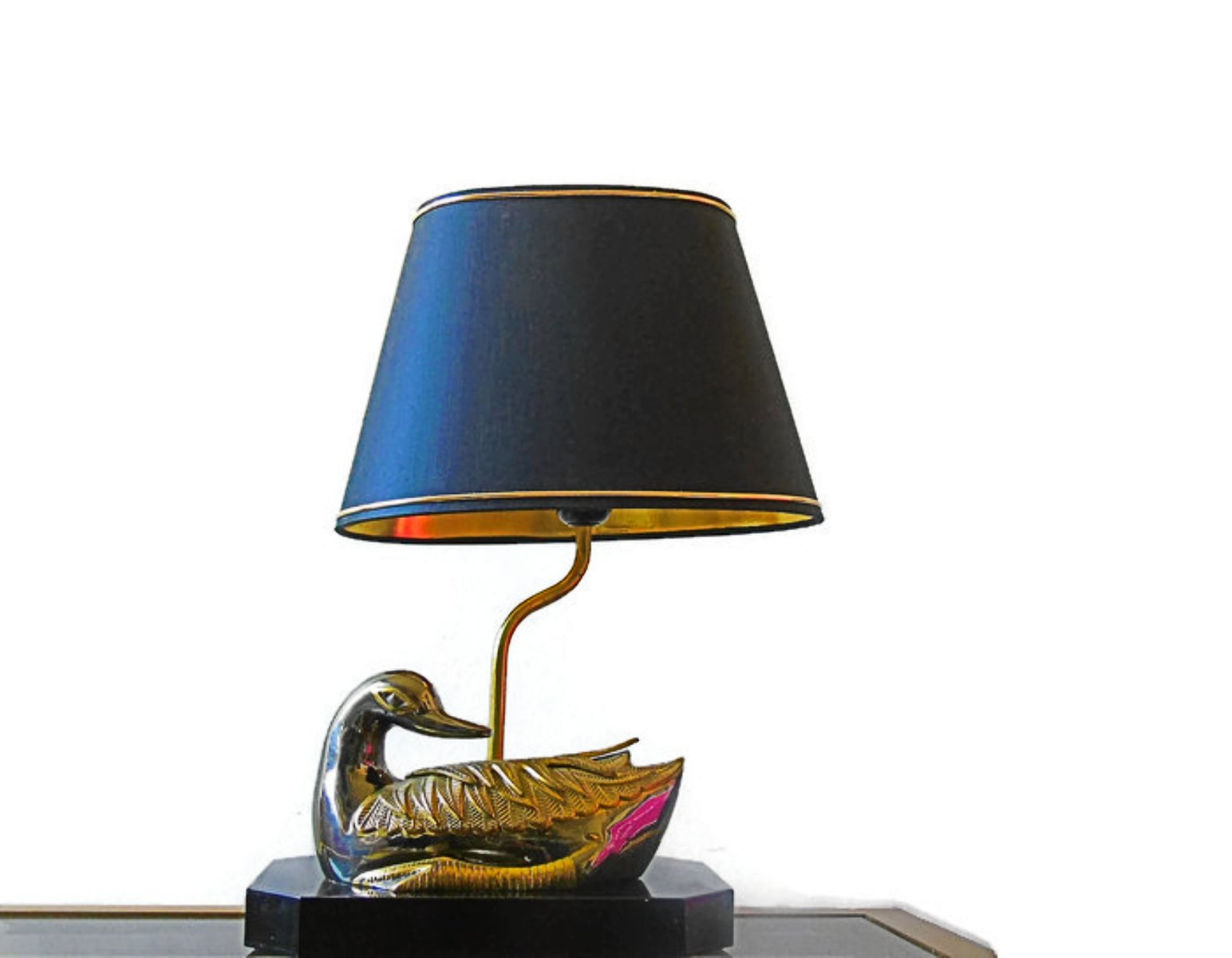 lampe de bureau canard vintage en laiton 1970s en vente sur pamono. Black Bedroom Furniture Sets. Home Design Ideas