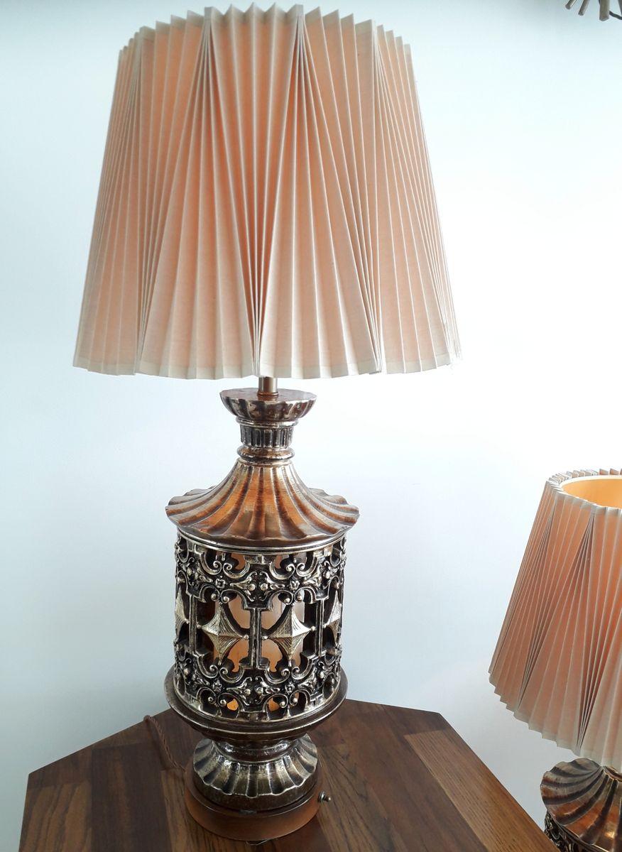 Große amerikanischer Mid-Century Tischlampen mit Pleated Schirms, 2er ...