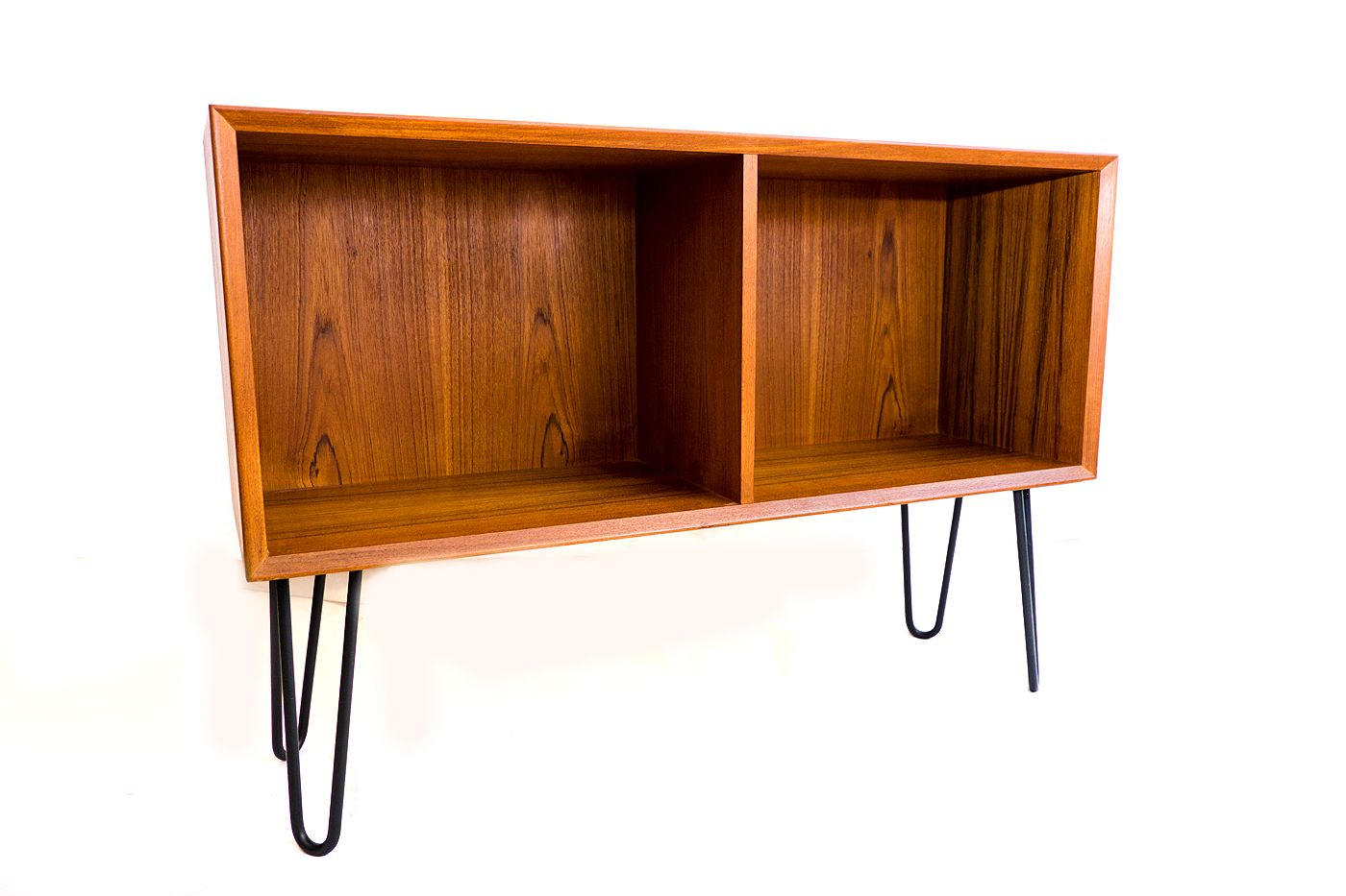 d nisches sideboard aus teak von brouer 1960er bei pamono kaufen. Black Bedroom Furniture Sets. Home Design Ideas