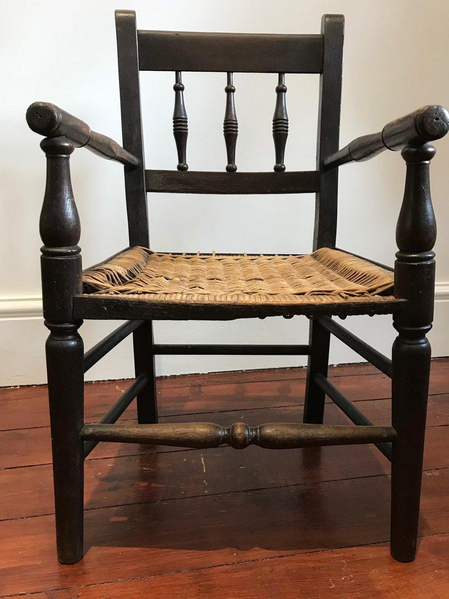 Antique Child's Oak Spindle Back Chair - Antique Child's Oak Spindle Back Chair For Sale At Pamono