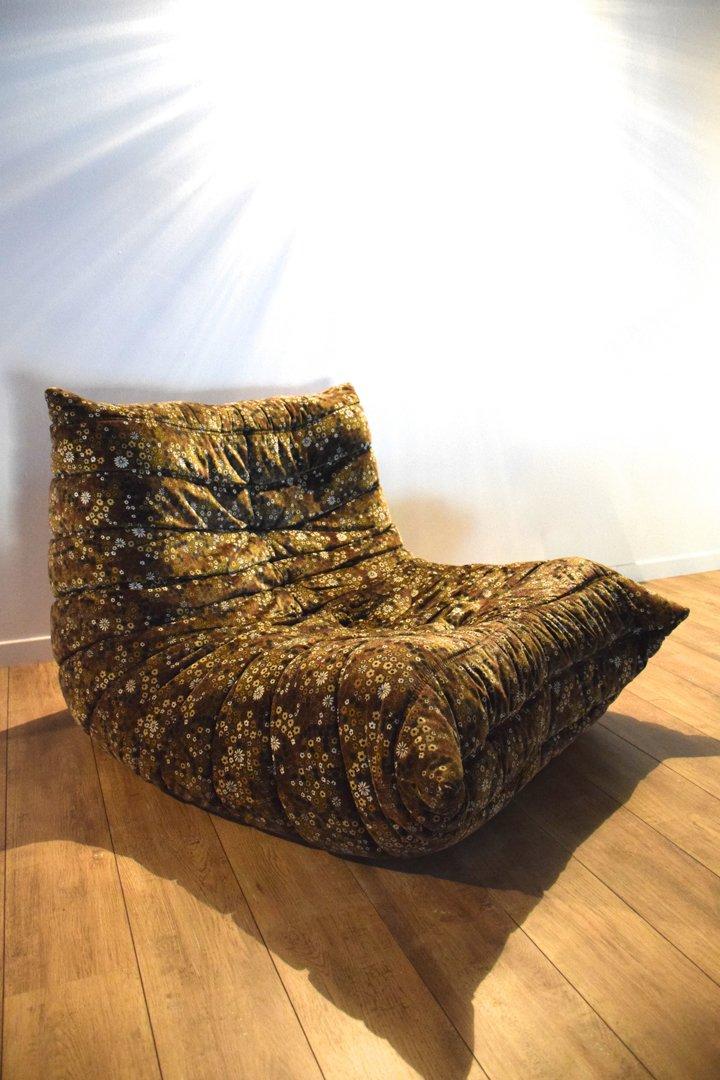 togo sessel von michel ducaroy f r ligne roset 1973 bei pamono kaufen. Black Bedroom Furniture Sets. Home Design Ideas