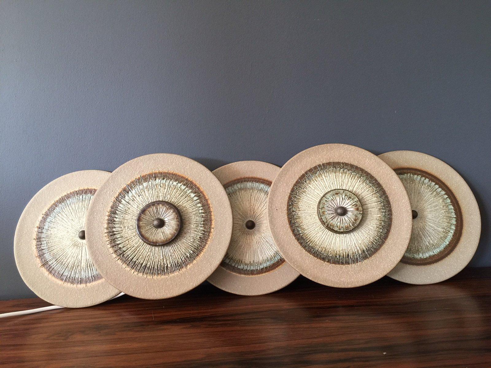 Wandleuchte mit 5 Keramikscheiben von Noomi Backhausen & Poul Brandbor...