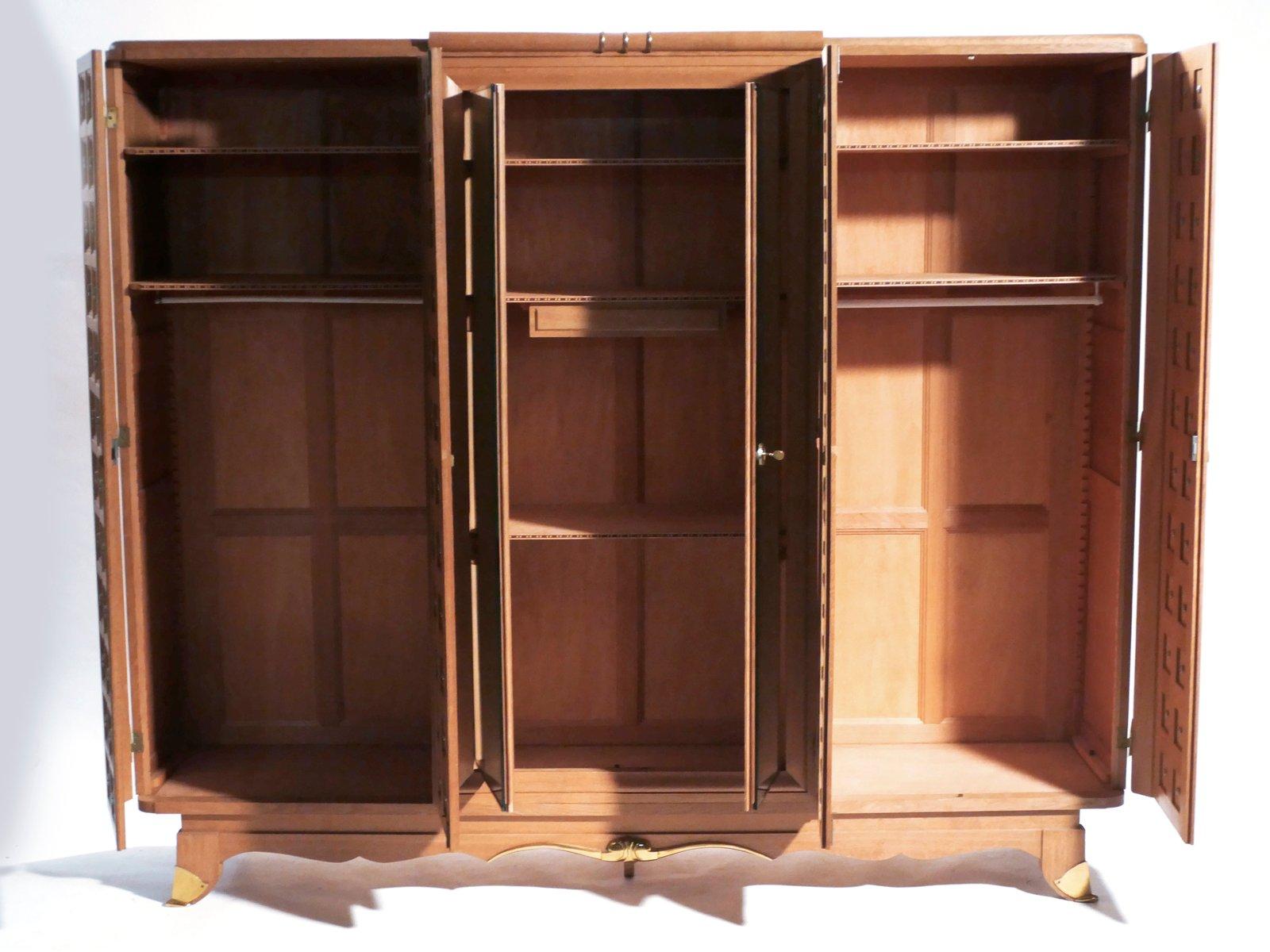 gro er verspiegelter schrank 1940er bei pamono kaufen. Black Bedroom Furniture Sets. Home Design Ideas