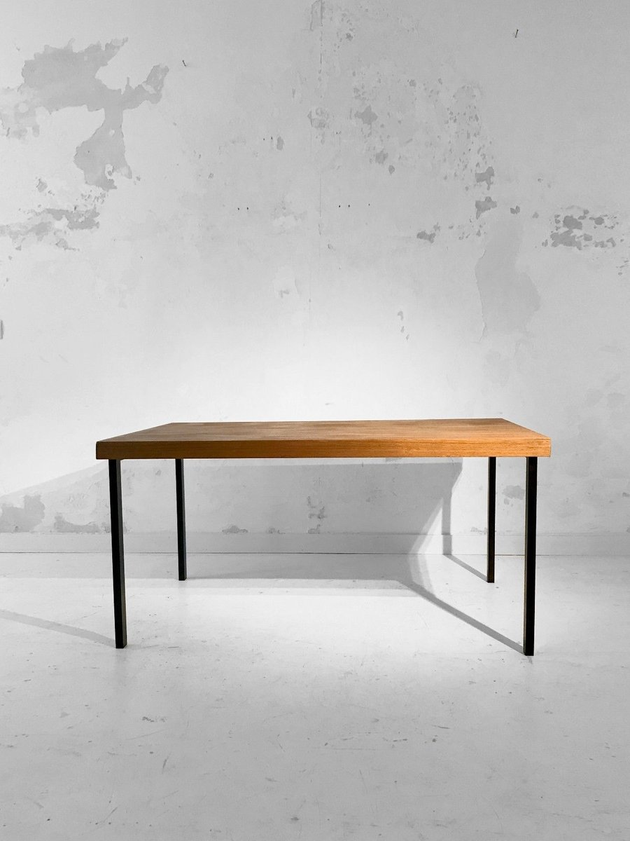 Tisch von Pierre Guariche, 1950er