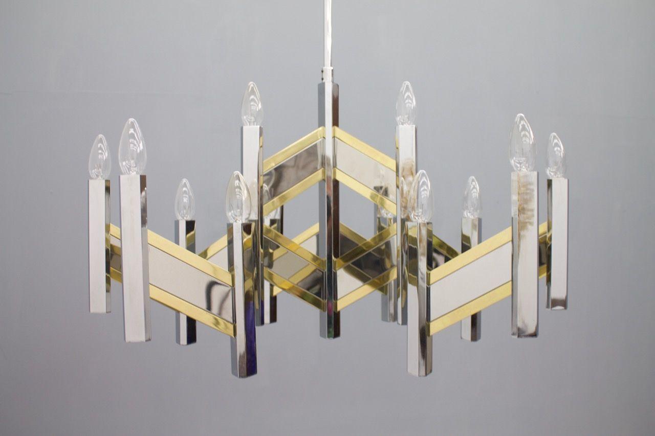 Schon Großer Kronleuchter Aus Chrom U0026 Glas Von Sciolari, 1960er