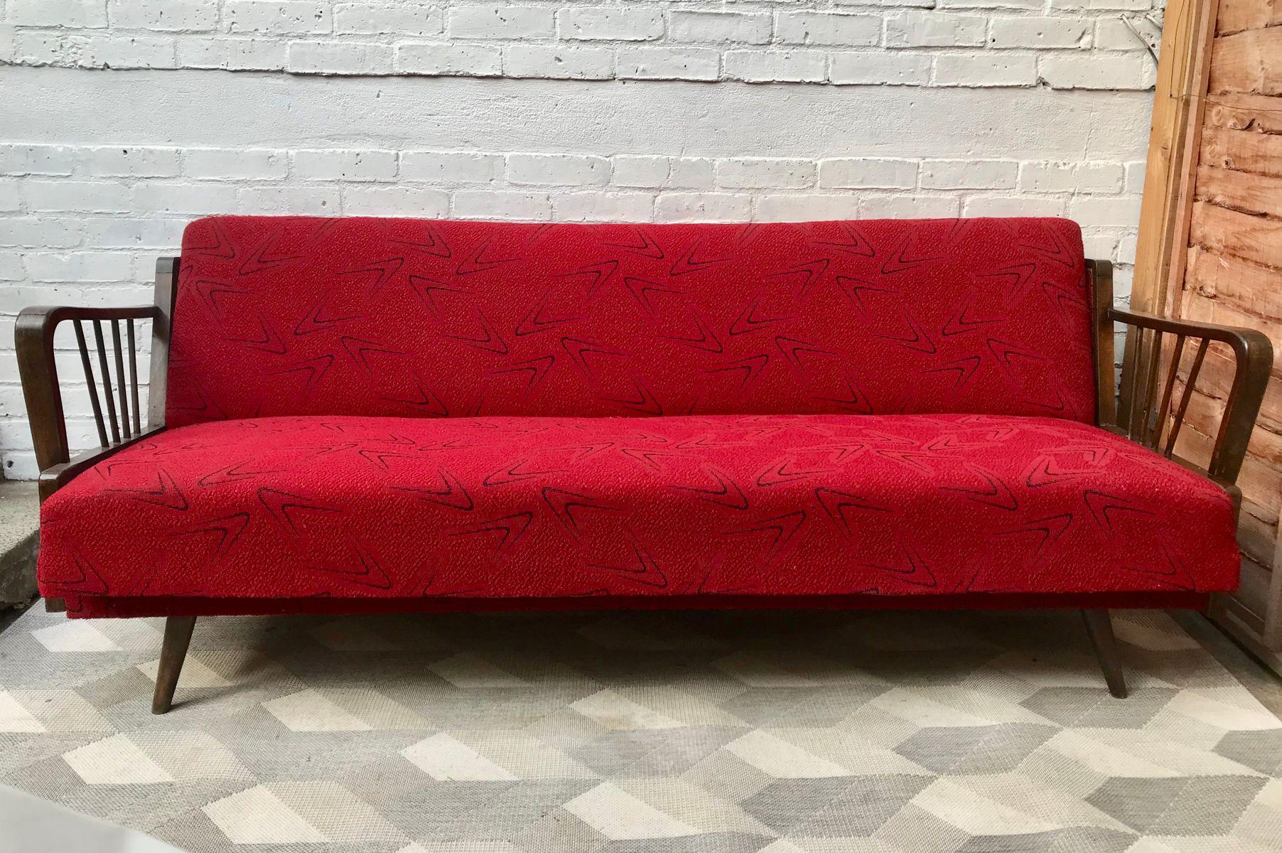 Divano letto vintage rosso, Francia in vendita su Pamono