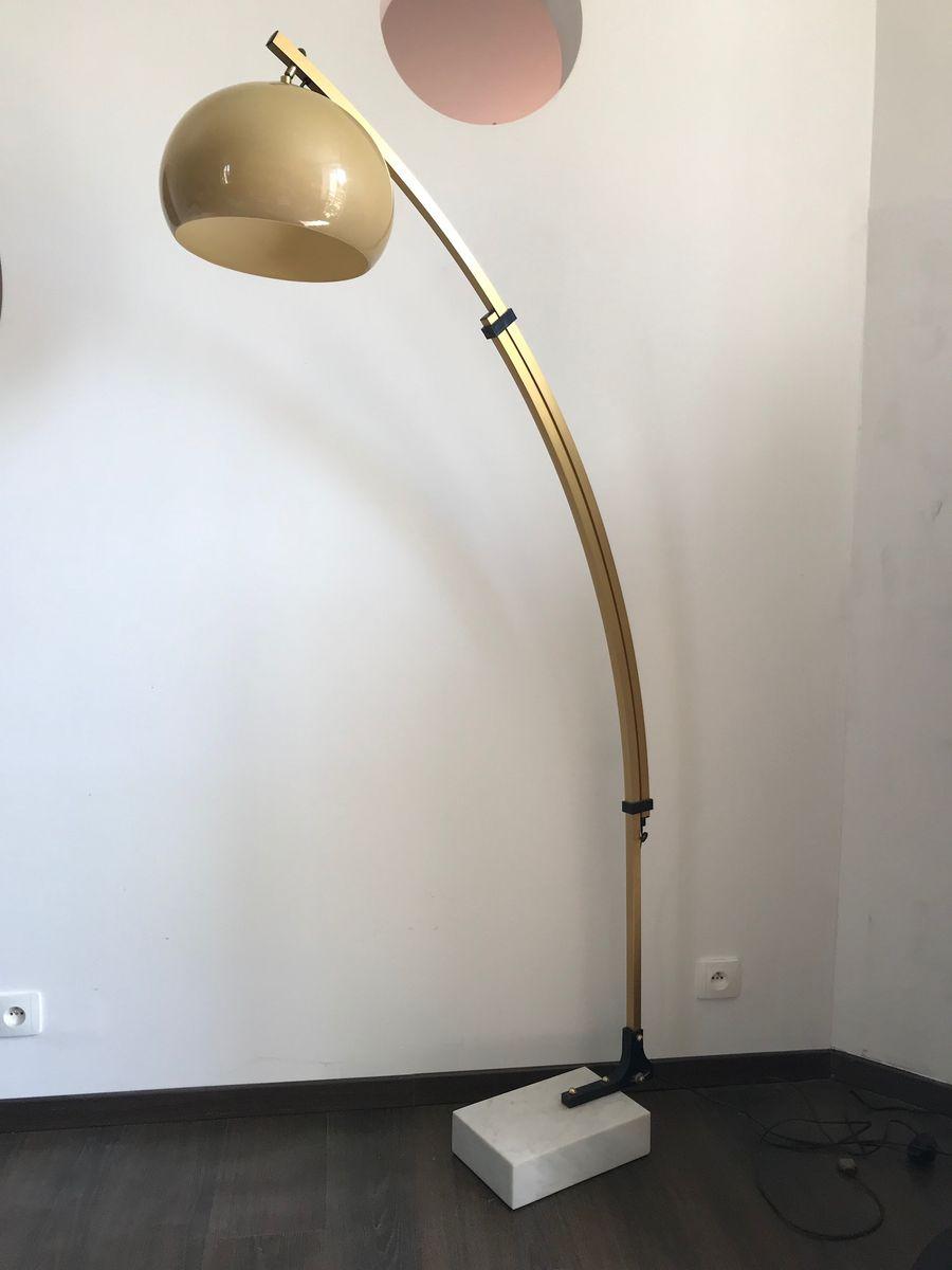 8b07b3bf4e104 Extendable Gold Arc Floor Lamp