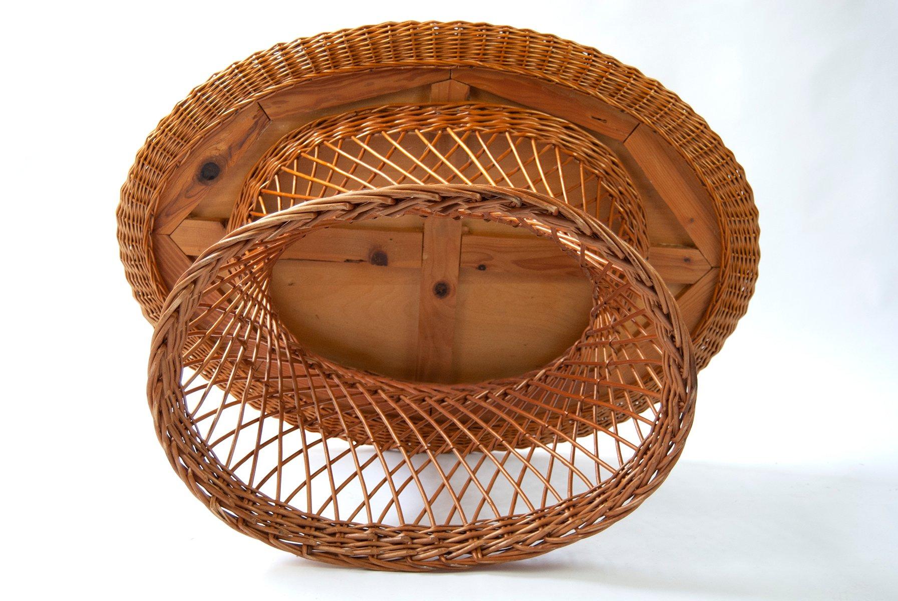ovaler deutscher couchtisch aus rattan 1960er bei pamono kaufen. Black Bedroom Furniture Sets. Home Design Ideas