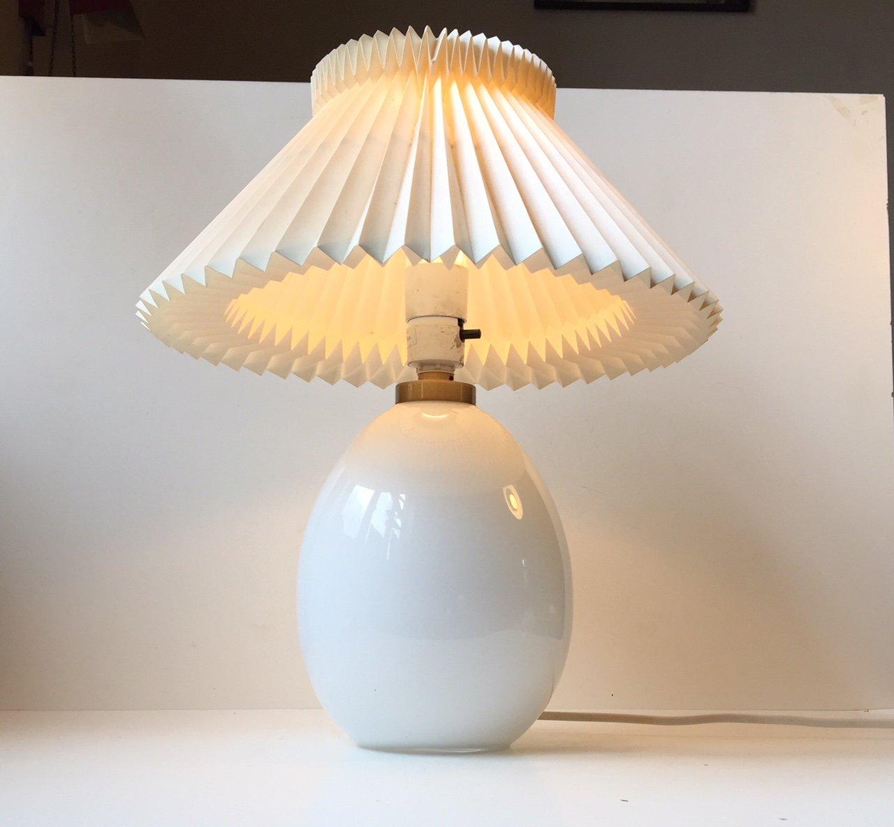Eiförmige Vintage Tischlampe von Poul Seest Andersen für Le Klint